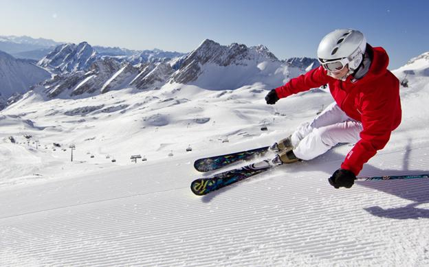 Обучение катанию на горных лыжах под руководством профессионального тренера за 98 руб.