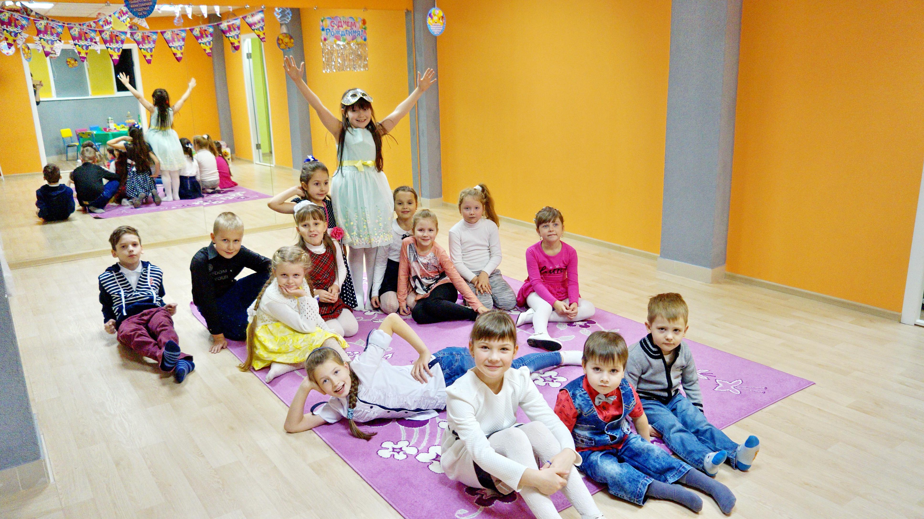 Подготовка к школе, развивающие занятия, репетитор для детей от 4,90 руб/занятие