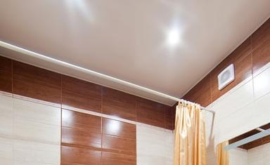 Натяжные потолки от 3 руб/м2 + светильники, карнизы, цветной потолочный плинтус в подарок