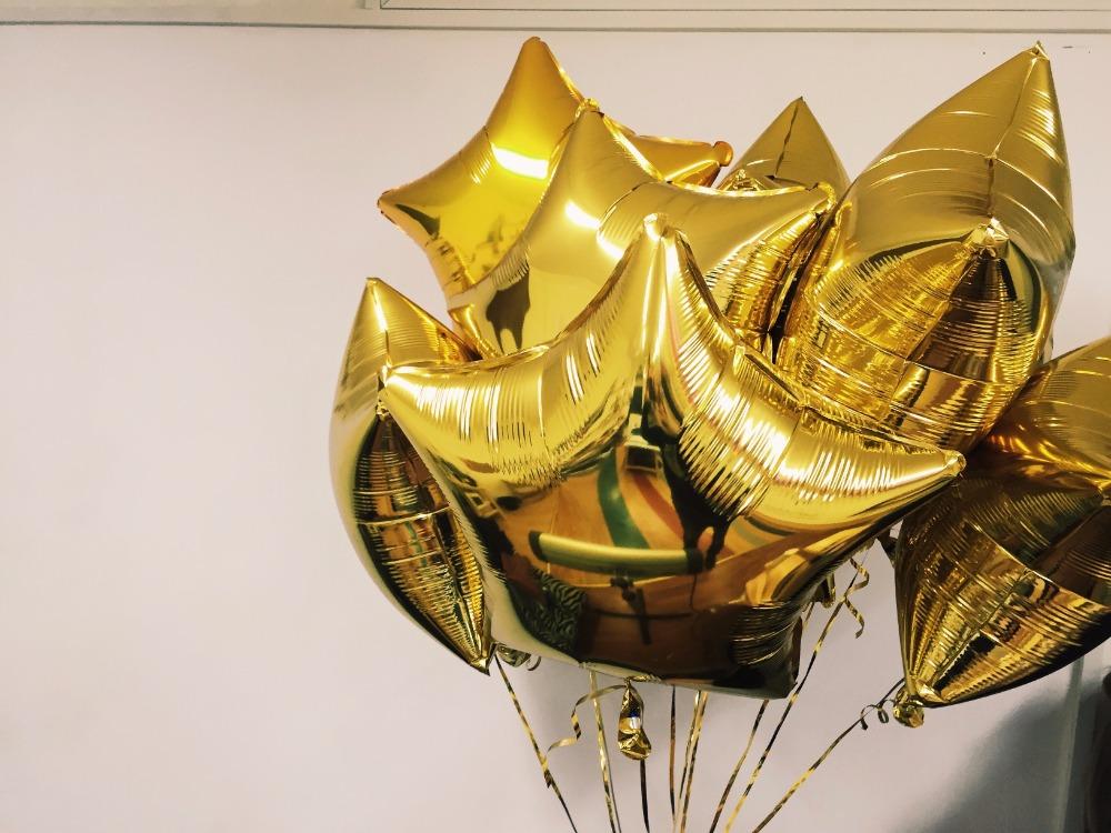 Гелиевые шары от 0,40 руб, светящиеся, светодиодные, фольгированные шарики от 2 руб, шары-гиганты от 10 руб.