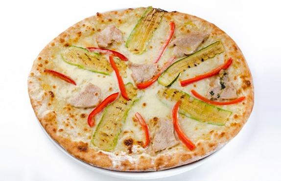 """Пицца с доставкой от """"IL Патио"""" всего от 4,50 руб."""