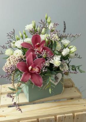"""Букеты от 17 руб, розы от 3 руб., тюльпаны от 0,80 руб., мимозы в бутике цветов """"Маки"""". Каждая 5 роза бесплатно!"""