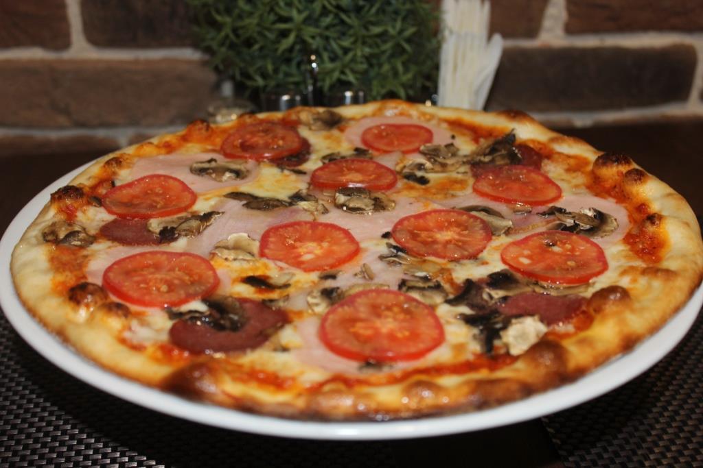 """Пицца и шаурма всего от 3,75 руб. в кафе """"Prosto Cafe"""""""