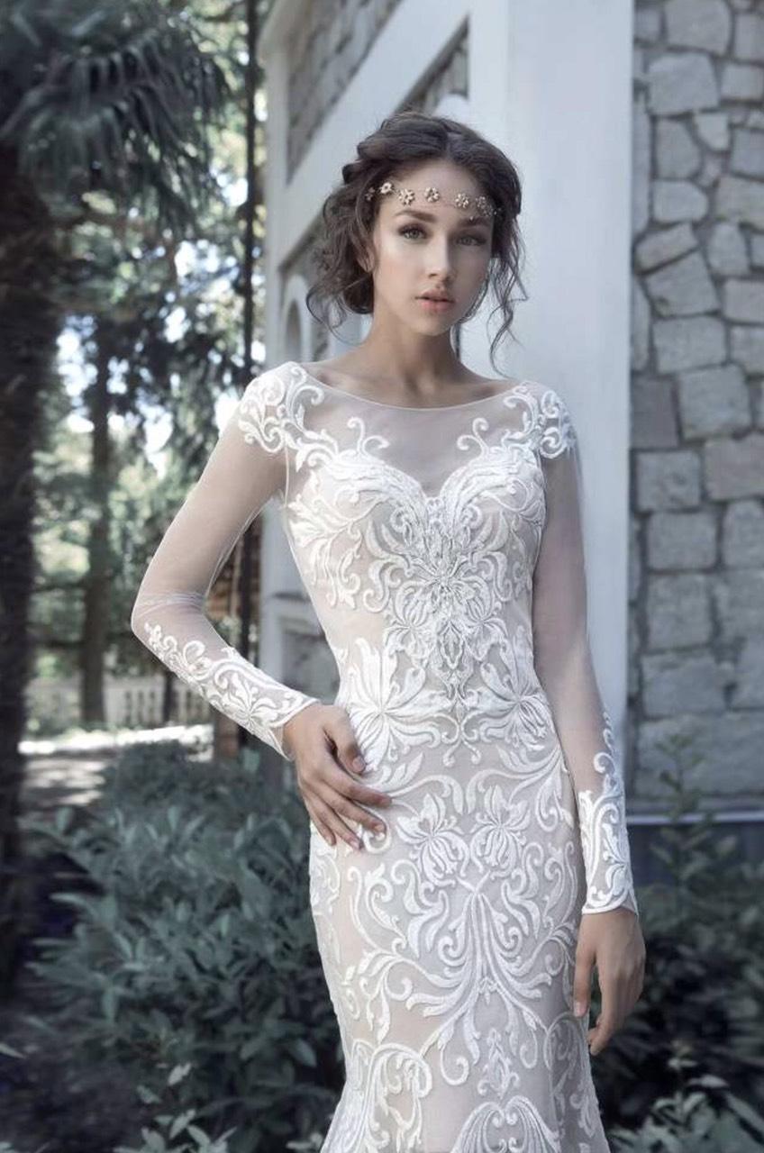 Шикарное дизайнерское свадебное платье Milva Riviera за 900 руб.