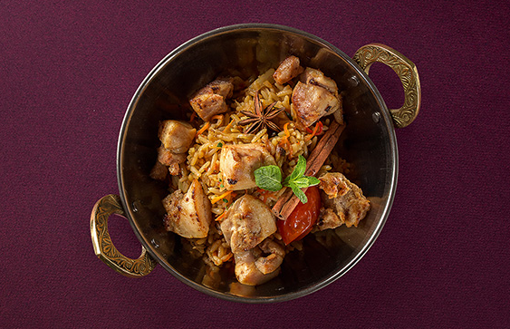 """Обед или ужин в ресторане """"Шикари"""" на выбор от 3,45 руб."""