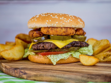 "Шаверма-Чили или Бургер Чили BBQ  всего за 3 руб. в мини-кафе ""Шаверма Чили"" на Монетке"