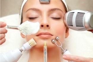 Чистки лица, спины, комплексы от 20 руб. + бесплатная консультация косметолога!