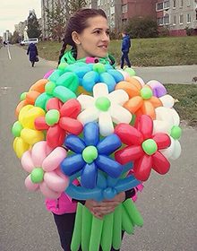 Гелиевые шарики от 0,45 руб, светящиеся шарики за 1,90 руб, букеты из шаров от 0,90 руб.