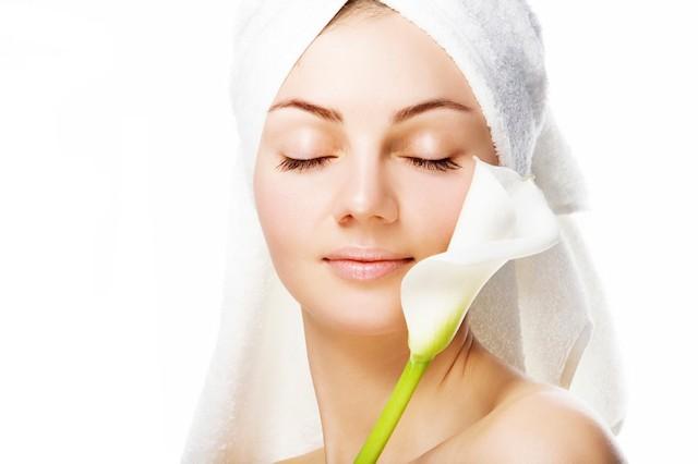 Процедуры по уходу за кожей лица, консультация врача-косметолога + массаж лица от 15 руб.