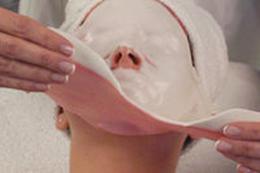 Пластический массаж лица, пилинг, неинвазивная карбокситерапия, уходы от 15 руб.