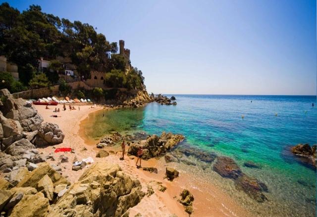 Тур с отдыхом на море в Испании от 798 руб/12 дней + Вена, Милан, Лион, Берн, Зальцбург
