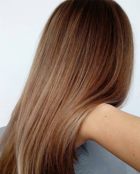 Простое и сложное окрашивание: омбрэ, блондирование, шатуш, балаяж от 20 руб.