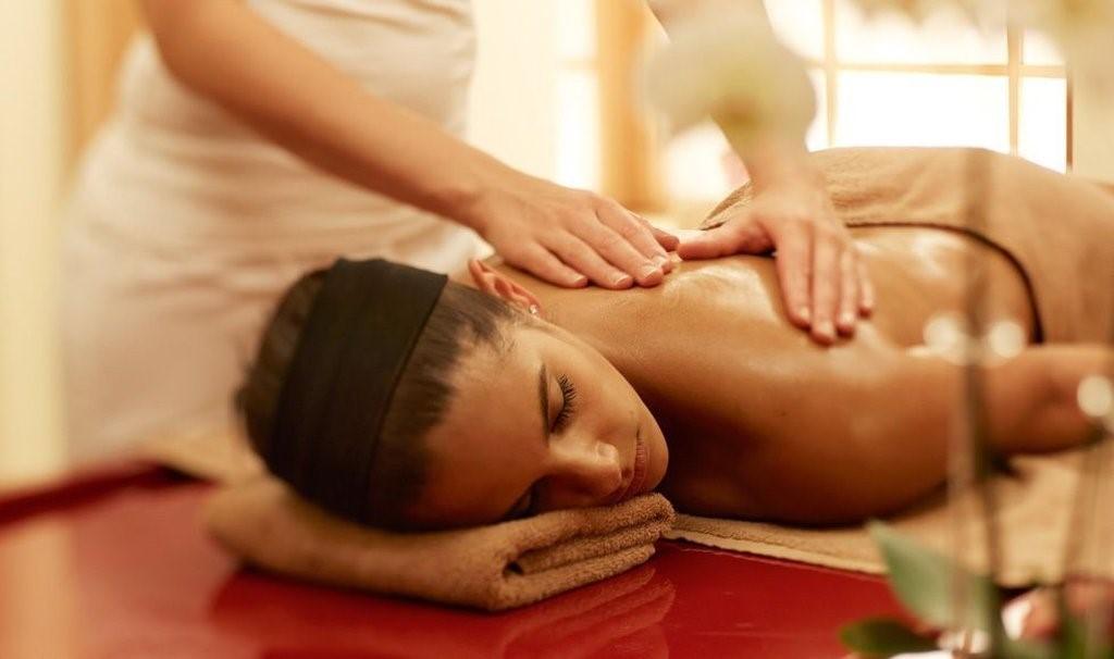 Различные виды массажа по телу, массаж мешочками всего от 15 руб.
