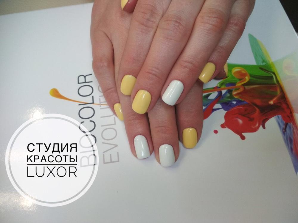 """Маникюр/педикюр + долговременное покрытие от 8 руб. в студии красоты """"Luxor"""""""
