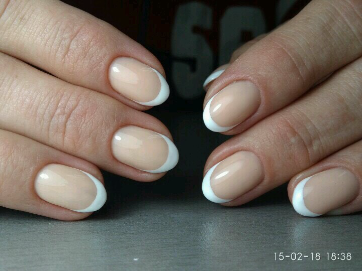 Маникюр/педикюр + долговременное покрытие, наращивание ногтей от 16 руб.