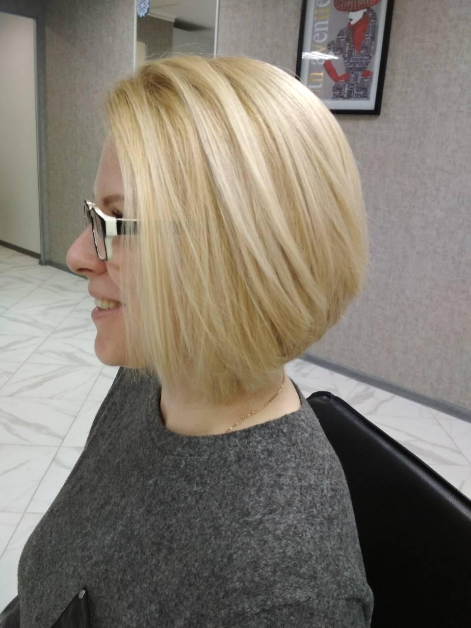 Стрижка + окрашивание в один тон, укладка волос от 9 руб.