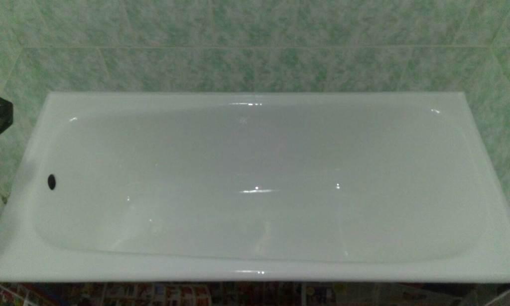 """Реставрация ванны """"Усиленное покрытие"""" (срок эксплуатации до 25 лет) + антигрибковая обработка плитки за 96 руб."""