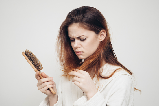 """Лазерное лечение выпадения волос от 13,50 руб/зона в """"IdealMED"""""""