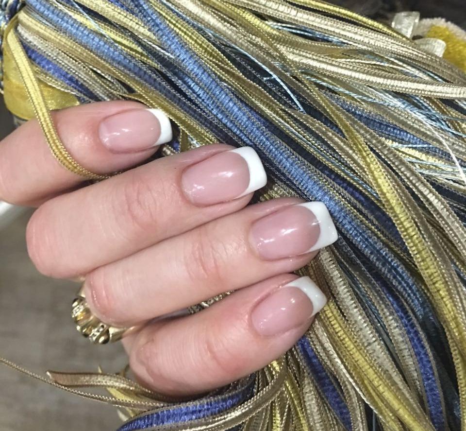 """Маникюр, наращивание, долговременное покрытие, дизайн ногтей от 2 руб. в салоне красоты """"Адам&Ева"""""""