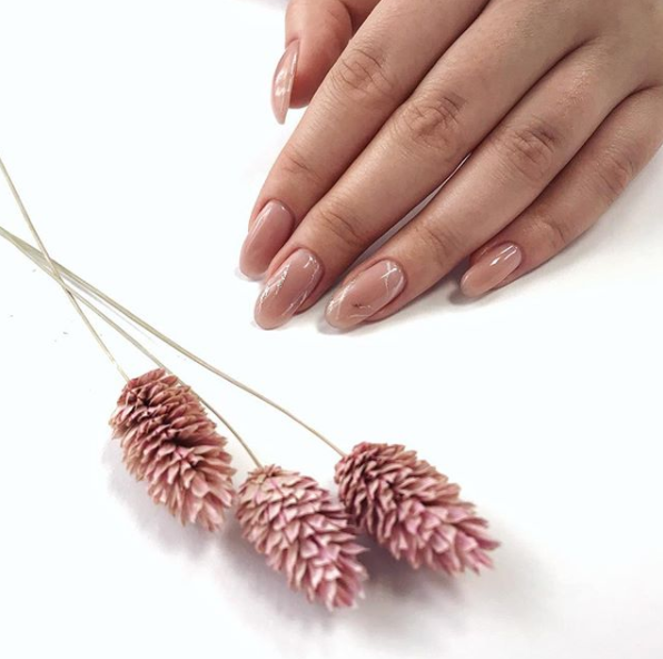 "Маникюр, педикюр, наращивание, комплексы с покрытием ""Luxio/Gloss"" от 7 руб. + подарок от салона ""IRMA nail studio"""
