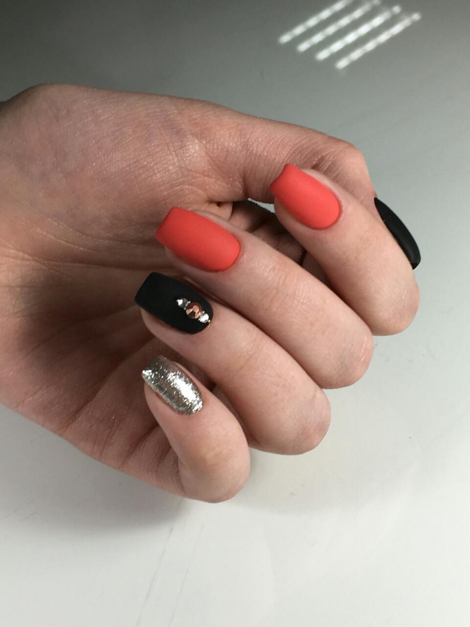 Женский маникюр/педикюр, обычное/долговременное покрытие + массаж всего от 13 руб.