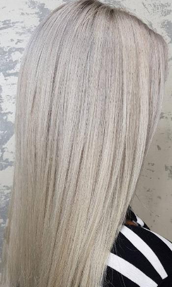 Стрижка мужская и женская, различные виды окрашивания волос, уход от 7,50 руб