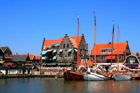 Берлин - Амстердам - Кекенхоф - Гаага - Заансе Сханс и Волендам - Брауншвейг от 382 руб/6 дней. Без ночных переездов