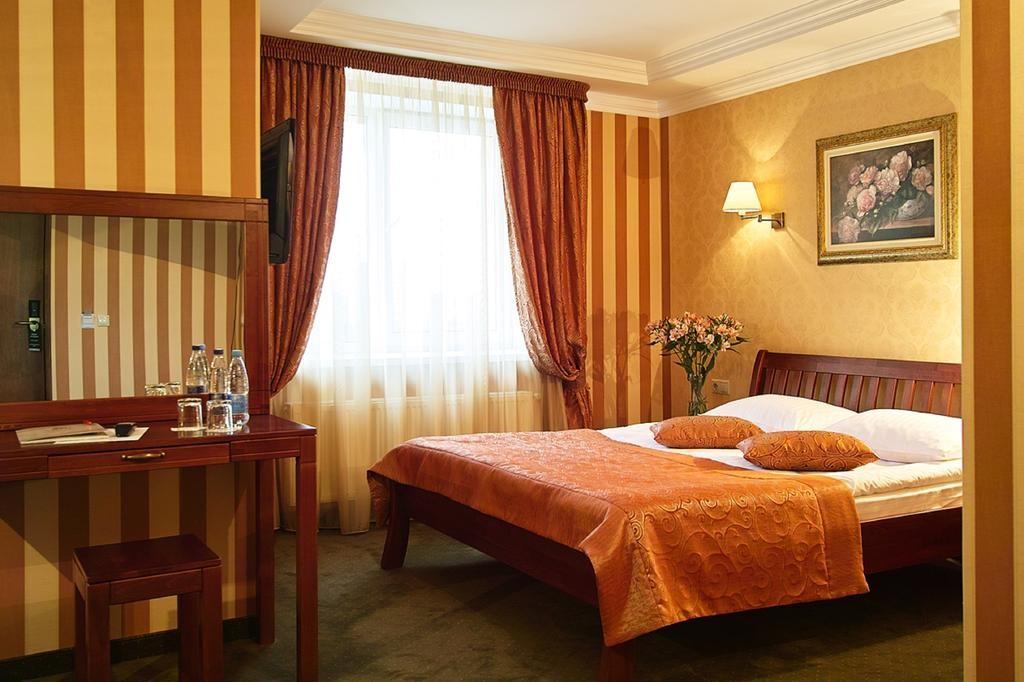 Два тура на выбор во Львов от 77 руб/4-5 дней или проезд в обе стороны от 30 руб. 3 экскурсии включены!