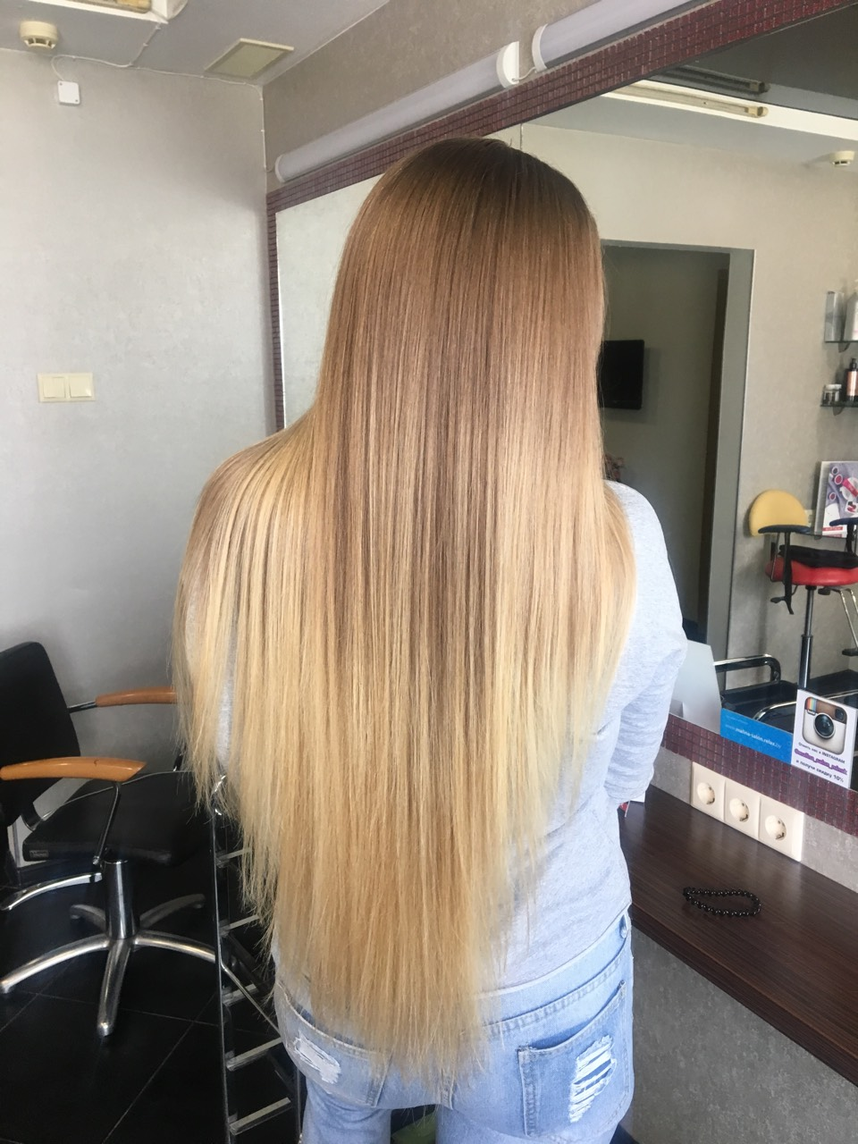 Цветные косы с канекалоном, уход для волос + женская стрижка от 19 руб.