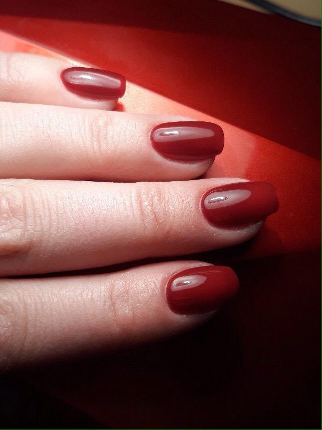 Маникюр + долговременное покрытие или наращивание ногтей от 20 руб.