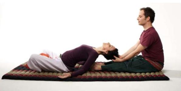 """Традиционный массаж и Spa-уходы за лицом и телом, тейпирование от 8 руб. в студии красоты """"Призма"""""""