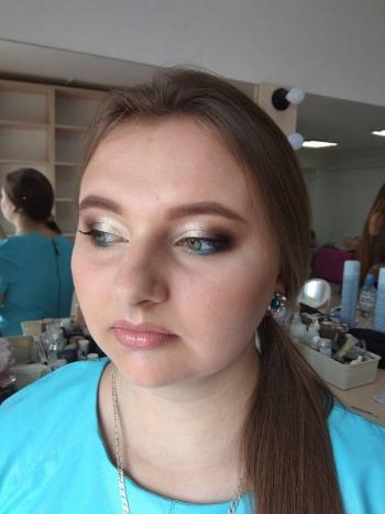 Дневной, вечерний макияж всего от 35 руб.