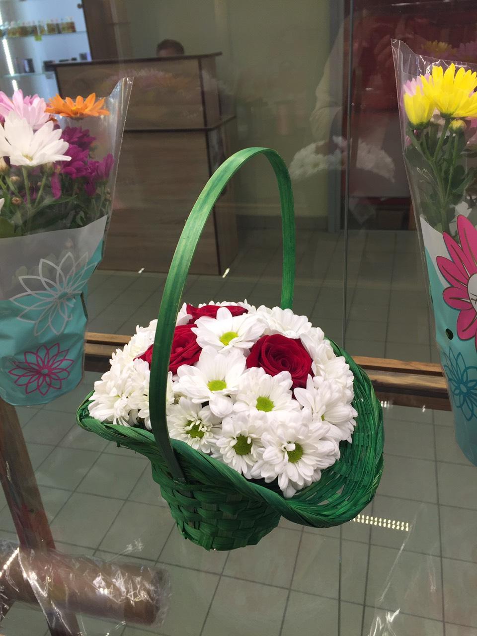 Свежие розы от 2,49 руб, букеты от 22,41 руб. + бесплатная доставка!