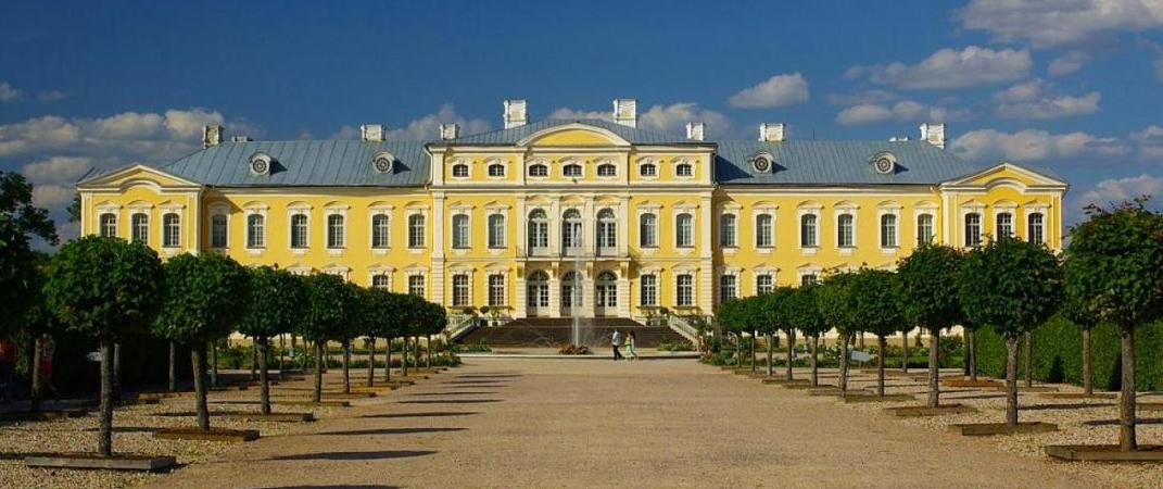 """Тур """"Рига - Юрмала* - Вильнюс"""" и """"Рига - Юрмала - Рундальский дворец"""" от 104 руб/до 3 дней"""