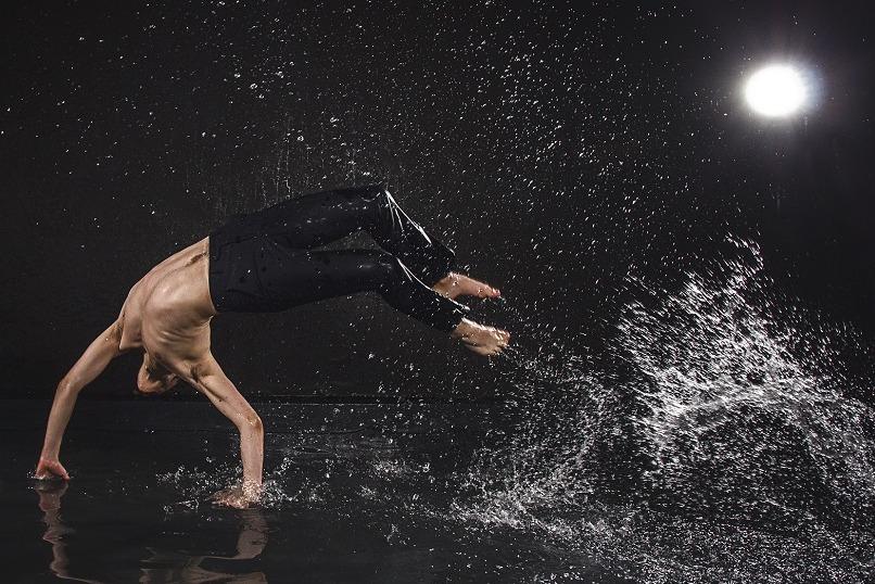 """20 ноября современный шоу-балет под дождем """"Эрос"""" всего за 14 руб."""