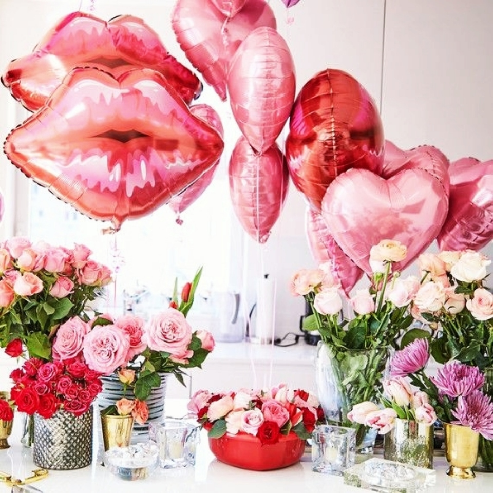 Картинка цветы шарики с днем рождения