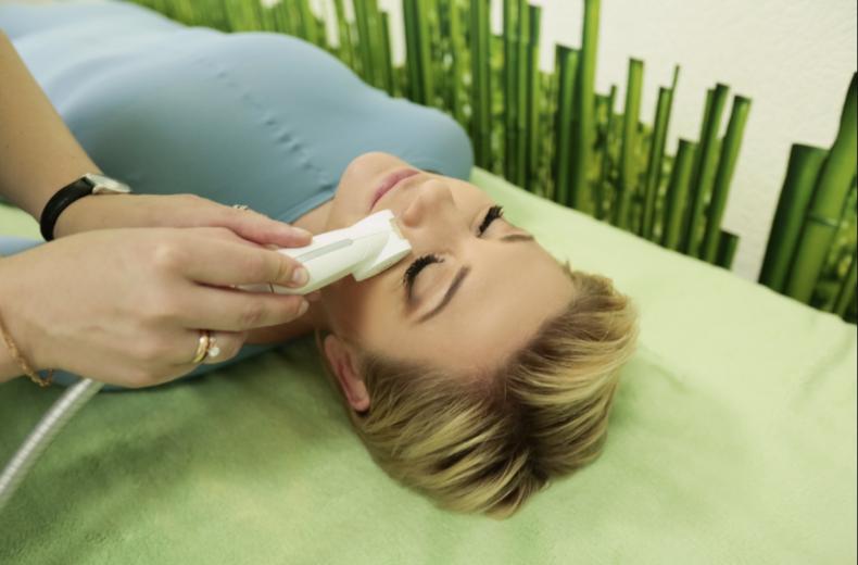 """LPG-массаж в салоне красоты """"Изуми"""" от 35 руб. + Spa-обертывания в подарок!"""