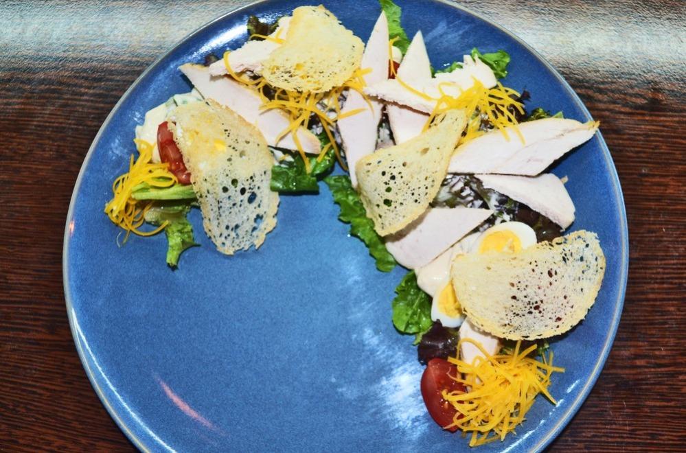 Салаты, сет к пенному, сэндвич в Hookah Place Sportivnaya от 3 руб.