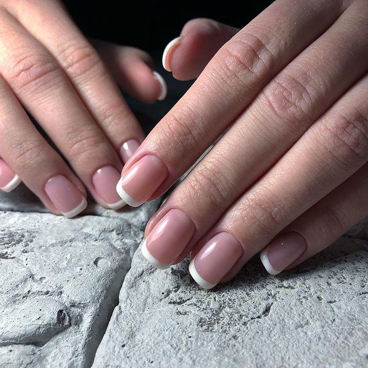 Наращивание, коррекция ногтей, маникюр/педикюр + обычное/долговременное покрытие от 9 руб.