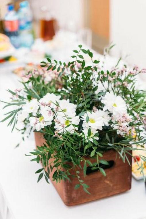 Цветочные композиции от 10 руб, дизайнерские свадебные букеты и декор, сухоцветы, розы, хризантемы, ромашки и другие  цветы