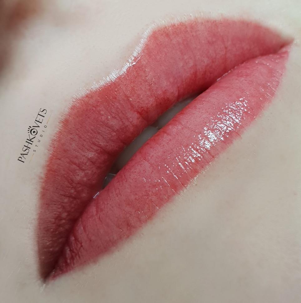 Перманентный макияж, микроблейдинг от 54 руб.