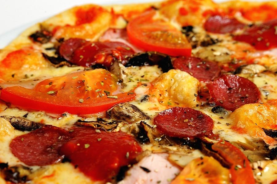 """Пицца в кафе-пиццерии """"Форум"""" от 1,50 руб."""