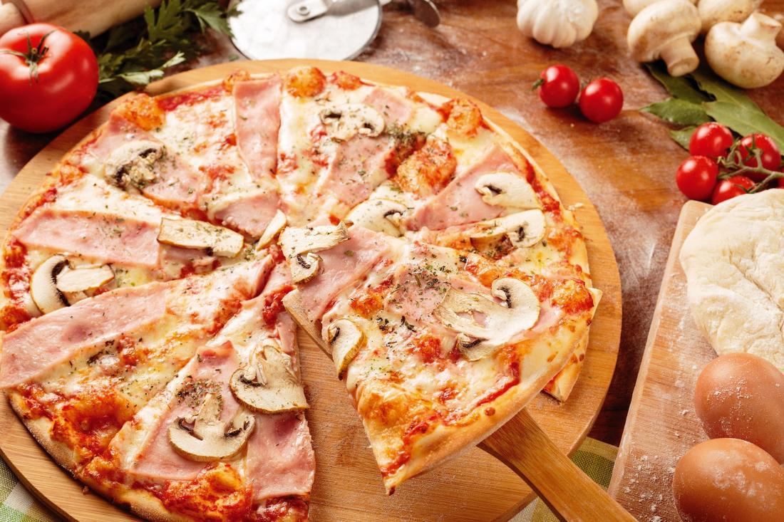 """Пиццы от 4,20 руб. в кафе """"Горожане"""""""