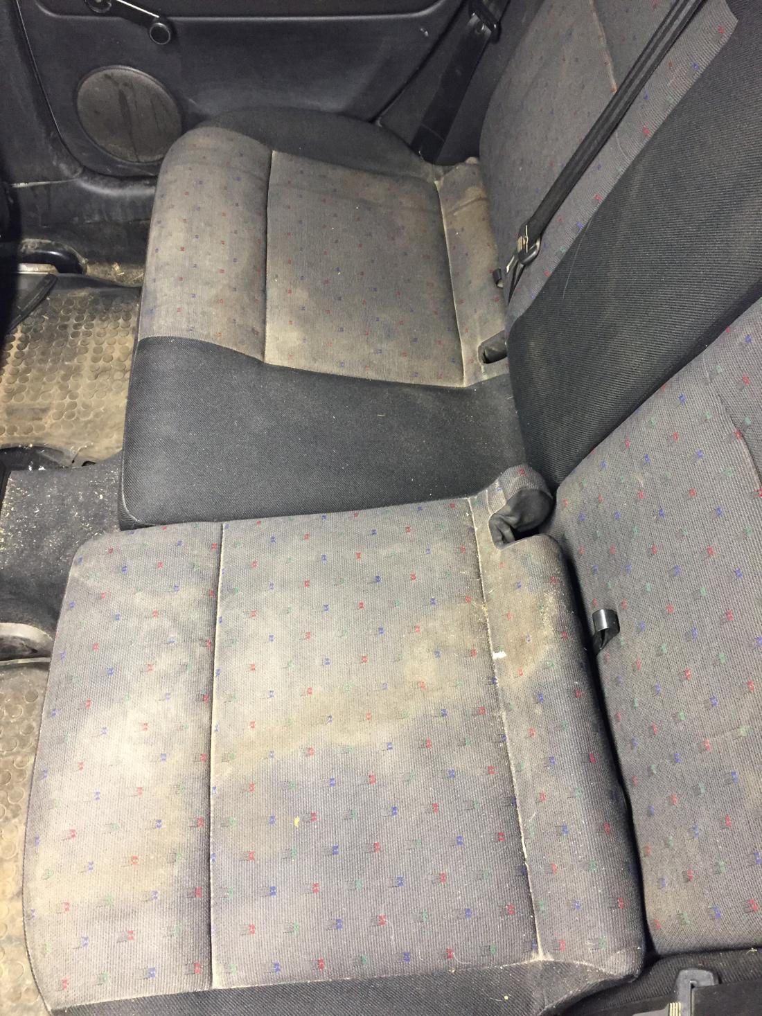 """Химчистка авто, озонирование салона от 30 руб. + трансфер от """"Detailing & Cleaning"""""""
