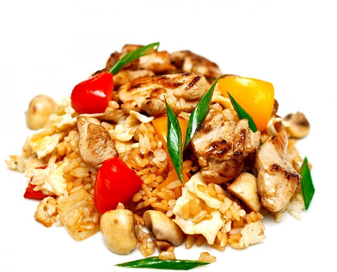 """Лапша WOK или рис """"Тэппанъяки"""" с овощами, курицей или морепродуктами с доставкой и навынос от 4,50 руб/330 г"""