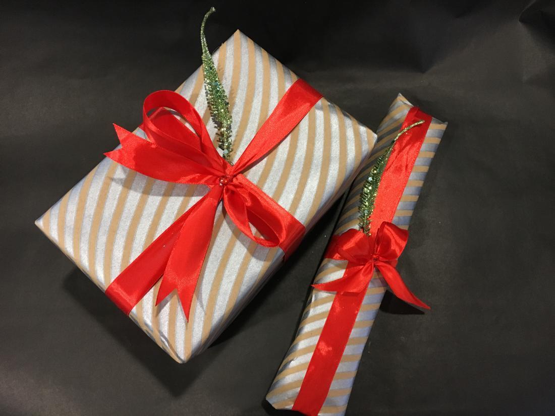Оформление подарков, гелиевые шарики от 3 руб, сувениры и подарки со скидкой 20%
