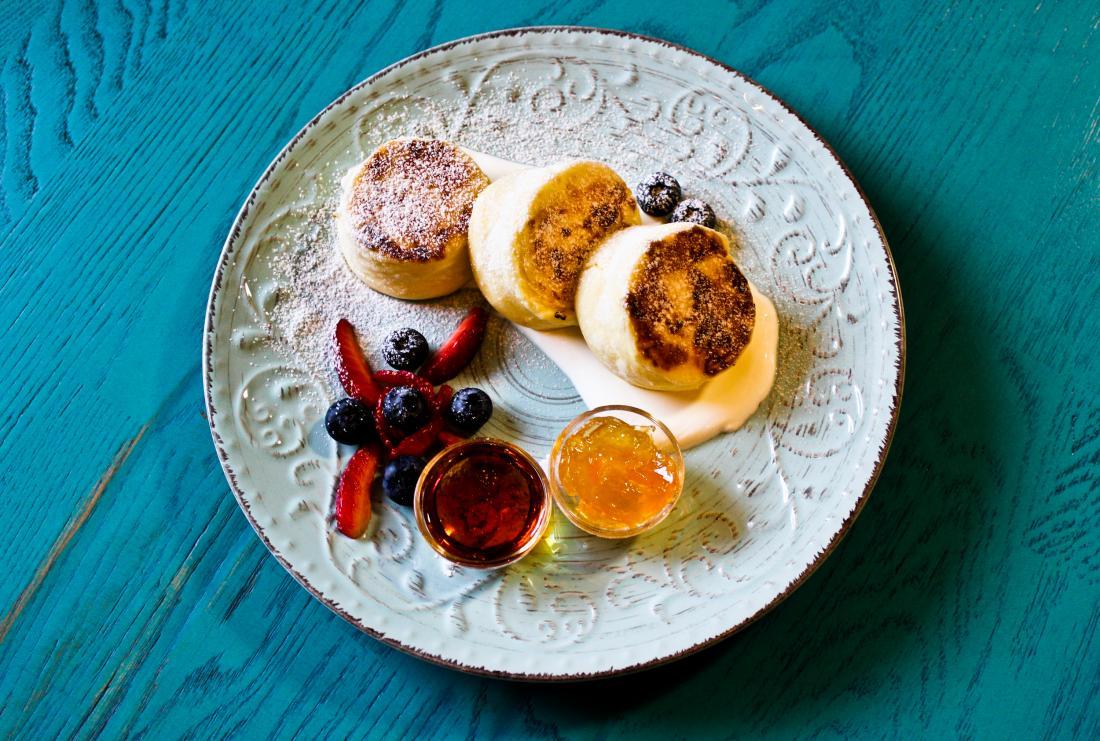 """Завтрак от 5 руб. в галерее-кафе """"Артель"""""""