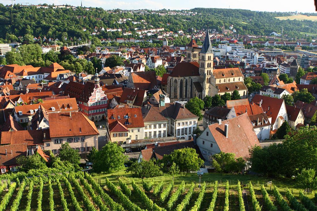 "Тур ""Вюрцбург - Штутгарт - замок Гогенцоллерн - Людвигсбург - Бамберг"" от 468 руб/5 дней с ""Одиссея-Тур"""