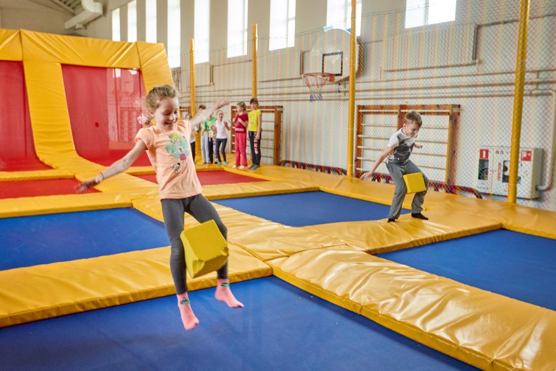 Свободные прыжки в Батутном центре Мистерия от 3 руб/час
