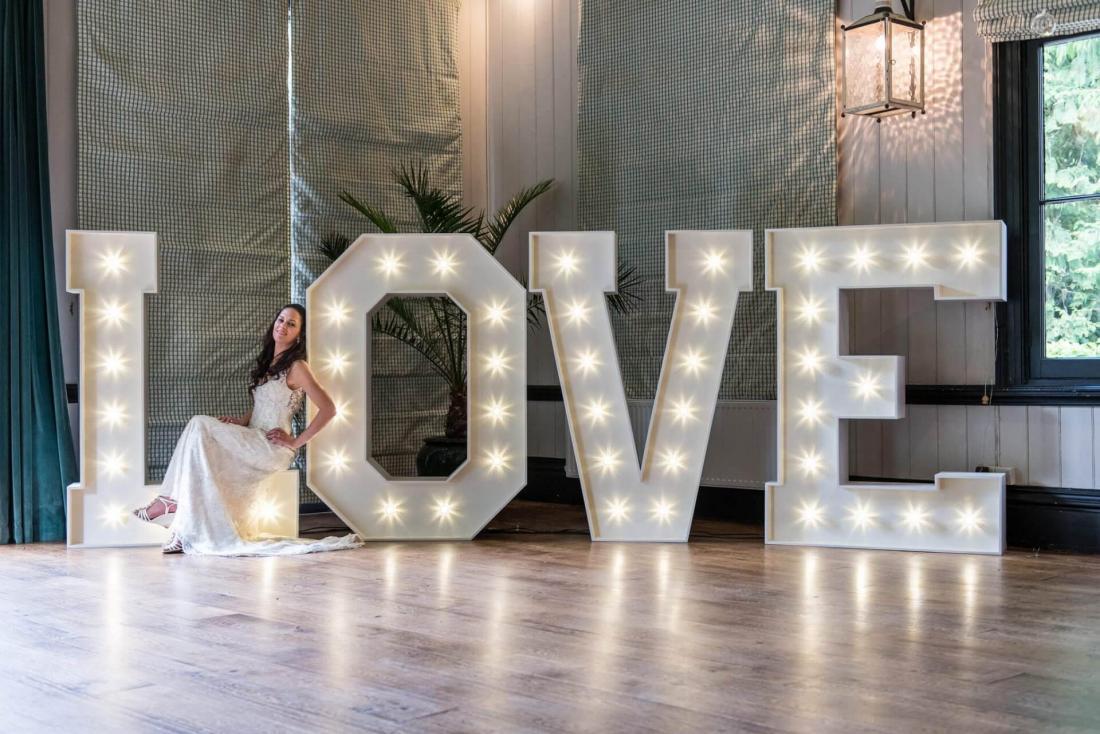 Световые объёмные буквы Love, буквы из ПВХ от 100 руб/сутки + бесплатная фотосессия